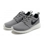 Roshe Run Nike Chaussure Gris Blanc Noir Soldes Paris
